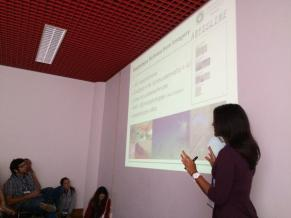 Giving my presentation on megafauna of the CCZ. Photo credit Dr. Adrian Glover.